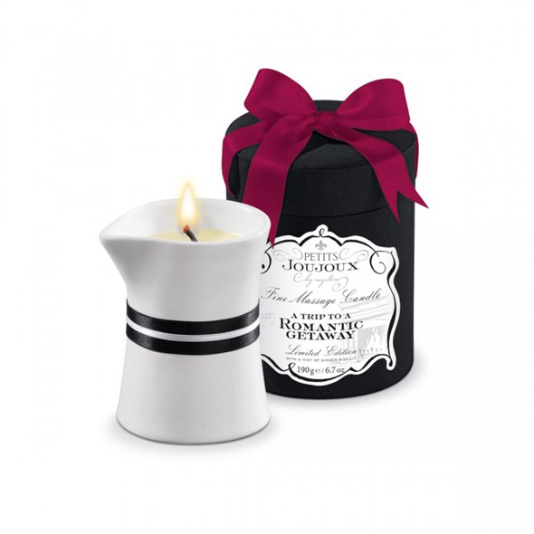 Petits Joujoux Massage Candle Romantic Getaway 190g